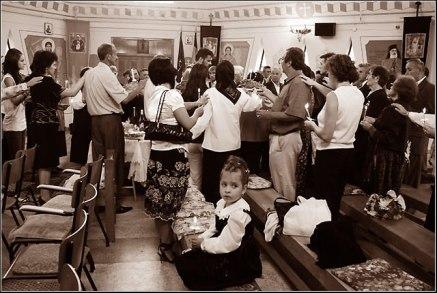 Hristocentric, in comuniune, in Biserica