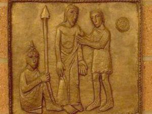 Hristos este dezbracat de haine de catre ostasi Via dolorosa