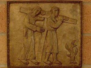 Simon Cireneanu il ajuta pe Iisus sa duca crucea Via dolorosa