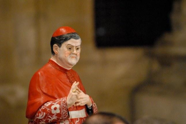 Mini-statueta catolica cu cardinalul Crescenzio Sepe