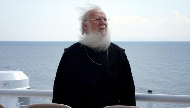 Patriarhul Bartolomeu in drum spre casa natala din Gokceada, insula in apropiere de coasta Turciei
